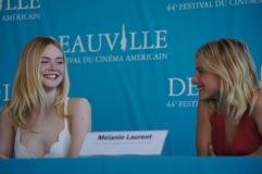 Elle Fanning et Mélanie Laurent