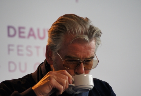 where is my tea ; pierce brosnan ; james bond ; 007 ; deauville; festival du cinéma americain ; interview ; critique ; conférence ; presse
